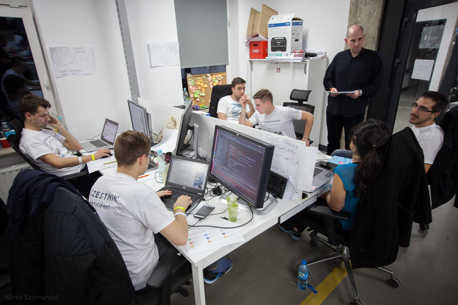 Uczestnicy podczas pierwszego wydarzenia - Smogathon 2015